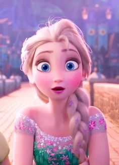 Elsa in Frozen Fever with a new dress