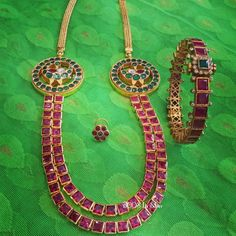 Types of Indian Jewelry Designs – Fashion Asia Indian Jewellery Design, Indian Jewelry, Jewelry Design, Fashion Jewellery, Ruby Jewelry, Gold Jewelry, Tiffany Jewelry, Terracota Jewellery, Gold Plated Necklace