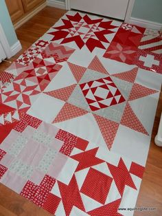 A Quilting Life - a quilt blog: Favorites on Friday: Red and White
