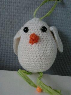 Crochet bird I