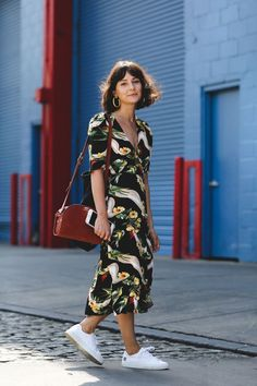 This Year, NYFW Street Style Is All About Minimalism #refinery29  http://www.refinery29.com/2016/09/120553/nyfw-spring-2017-best-street-style-outfits#slide-10  It's thrifted! (Okay, it's actually Reformation, but who doesn't love a good vintage-inspired frock?)...