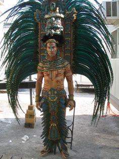 """neomexicanismos: """"Atuendo de la élite Maya """""""