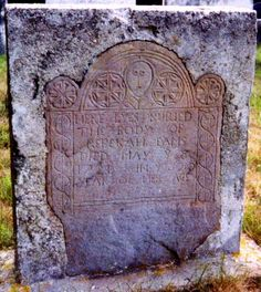 Salem witch trials ~notice the face at the top of the stone Old Cemeteries, Graveyards, Cemetery Art, Cemetery Monuments, Cemetery Statues, Cemetery Headstones, Witch History, Haunted History, Salem Witch Trials