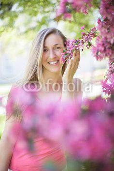New @ Fotolia: Glückliche Frau