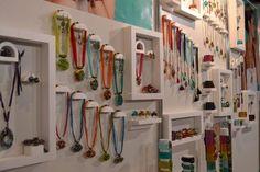 stand de accesorios para mujer - Buscar con Google