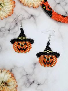 Best Collection of Necklaces - Jewelry Daze Halloween Beads, Halloween Earrings, Halloween Jewelry, Beaded Earrings Patterns, Jewelry Patterns, Beading Patterns, Bead Jewellery, Beaded Jewelry, Handmade Jewelry