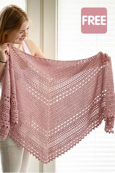 Crochet Shawl free pattern: Bella Vita Shawl by Wilmade - - Looking for a free crochet shawl pattern? Here you can find one of my most popular triangle shawl patterns called Bella Vita Shawl. One Skein Crochet, Crochet Shawl Free, Crochet Shawls And Wraps, Crochet Motifs, Crochet Scarves, Crochet Clothes, Crochet Stitches, Prayer Shawl Crochet Pattern, Prayer Shawl Patterns