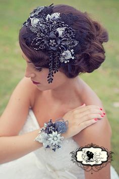 1920's inspired hair piece and beaded and brooch corsage