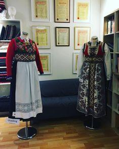 Bergen, Folklore, Norway, Embroidery, Fashion, Moda, Needlepoint, Fashion Styles, Fashion Illustrations