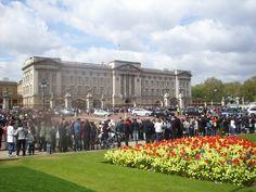 Buckingham Palace. London. Im a die hard Princess Diana(:
