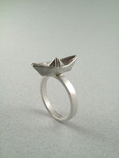 Origami boat ring by monteazul
