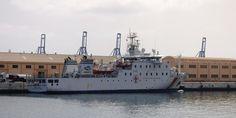 Puerto de Las Palmas. Gran Canaria     : JUAN DE LA COSA - Hospital Vessel en el Arsenal de...