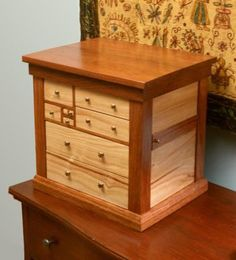 Ahhh.... O.K., Don't look. - Either that, or Cry, Be Nice, or Whatever you gotta do, to get your BoyFriend/Husband to Make one of these! :-) Either that or you got Tools. // Who needs Flowers, right? :-) FIRST PLACE: Jon-Paul Herron WoodCentral Jewelry Box Contest 2004