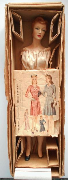 "1940s Joanne's Simplicity Designing Sewing 20"" With HTF Pattern Mannequin Doll Latexure Box"
