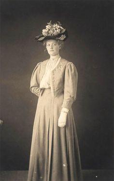 1900s Fashion, Edwardian Fashion, Vintage Fashion, Vintage Beauty, Victorian Era Dresses, Edwardian Era, Edwardian Costumes, Jeanne Lanvin, Madeleine Vionnet