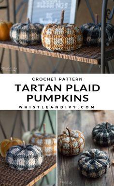 Crochet Pumpkin Pattern, Plaid Crochet, Cute Crochet, Crochet Sweaters, Crochet Fall Decor, Crochet Home, Modern Crochet Patterns, Crochet Designs, Fall Patterns