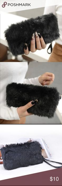 Faux Fur Wristlet 🖤Black Faux Fur Wristlet 🖤Zipper top opening with gold hardware  🖤Fabric lining inside 🖤Due to manufacturing process fur may shed, Washing is recommended. Low heat or air dry. Bags Clutches & Wristlets