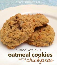 Looking for a Oatmeal Chocolate Chip Cookies recipe? This one uses chickpeas and oatmeal for protein and chocolate chips for yumminess! Chickpea Chocolate Chip Cookies, Chickpea Cookies, Oatmeal Chocolate Chip Cookie Recipe, Healthy Cookies, Oatmeal Cookies, Healthy Treats, Chocolate Chips, Healthy Appetizers, Vegan Chocolate