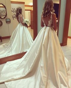 E278 Gorgeous A-line Scoop Long Wedding Dress with