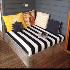 Make the most of your outdoor deck with a corner couch.