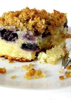 Low FODMAP Recipe and Gluten Free Recipe - Blueberry crumble cake http ...