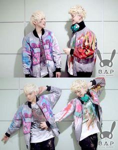 I love Zelo's and Jongup's jackets, it's amazing. I want one.