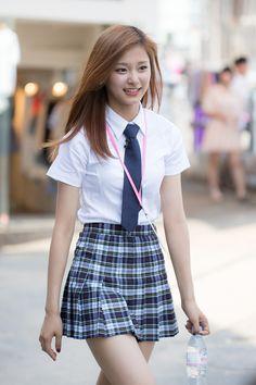 Amerikanisches College-Mädchen Asiatisches Rene Carlton
