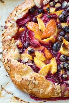 Summer Fruit Crostata with Crispy Crust Tart Recipes, Fruit Recipes, Sweet Recipes, Baking Recipes, Dessert Recipes, Summer Fruit, Summer Desserts, Just Desserts, Peach Dish