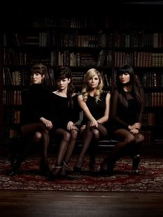 PLL Season 3 promo picture