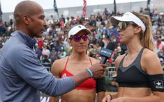 Dain Blanton is the Sydney 2000 Olympic beach volleyball champion and the first African-American to ever win an AVP Title. He is a commentator for the AVP and FIVB. Olympic Badminton, Olympic Games Sports, Olympic Gymnastics, Volleyball Tournaments, Volleyball Outfits, Beach Volleyball, 2000 Olympics, Summer Olympics, April Ross