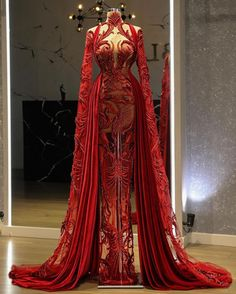 Stunning Dresses, Beautiful Gowns, Pretty Dresses, Gala Dresses, Event Dresses, Dinner Gowns, Long Sleeve Evening Gowns, Elegant Outfit, Marie