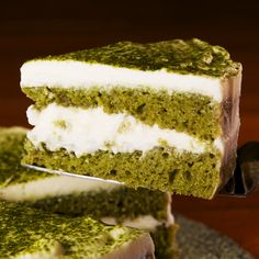 We love how light this cake and it's accompanying frosting are; it really helps the natural flavors of matcha shine through. Matcha Dessert, Matcha Cake, Gourmet Recipes, Cake Recipes, Dessert Recipes, Tea Cakes, Food Cakes, Pumpkin Shaped Cake, Green Tea Recipes