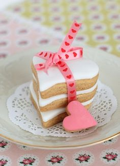 Heart Cookies by cafe noHut, via Flickr