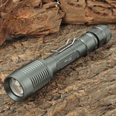 Cree XM T6 700 Lumen LED Flashlight http://www.eachbyte.com/cree-xm-l-t6-700lm-5-mode-white-led-zoom-flashlight-2-x-18650.html?