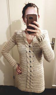 SammammaS: Een lange trui met kabel, de 'Sam' Moda Crochet, Knit Crochet, Sewing Clothes, Crochet Clothes, Woolen Craft, Crochet Woman, Crochet Cardigan, Crochet Fashion, Vintage Crochet