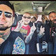 """Great to be back with my brothers … (at Down Town Chandler on Arizona Ave) "" Sacramento, Jason Hook, Ivan Moody, Knuckle Head, Five Fingers, Avenged Sevenfold, My Favorite Music, Metal Bands, Music Bands"