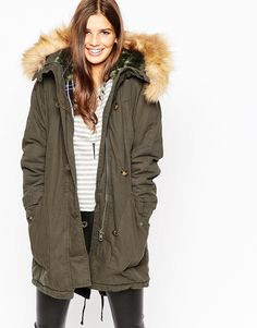 Discover women's parka coats at ASOS. Stay cosy in winter and dry on rainy days with our women's parka coats. Order now at ASOS. Clothing For Tall Women, Coats For Women, Jackets For Women, Clothes For Women, Asos, Tall Jeans, Womens Parka, Models, Mannequin