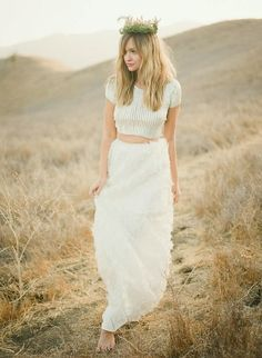 I'm sure you've all noticed that crop tops are all the rage this season and it's even trickled down into the world of bridal wear. Here are 10 of our favorite looks so far