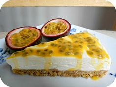 The Procrastobaker: No-Bake Vanilla Cheesecake with Passionfruit