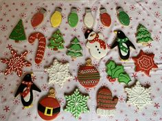 Decorated Christmas sugar cookies with royal icing Davids Cookies, Christmas Sugar Cookies, Royal Icing Cookies, Desserts, Food, Decor, Tailgate Desserts, Deserts, Decoration