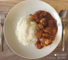 Japanese Curry Chicken with Rice – What Are We Having Tonight? Japanese Curry, Curry Rice, Carrots And Potatoes, Japanese Dishes, Casual Dinner, Chicken Rice, Chana Masala, Dinner Recipes, Ethnic Recipes