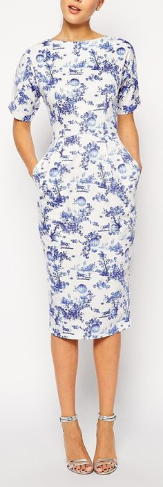 summer print dress.. absolutely love! But my hips would look huge in this!
