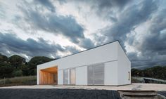 The 198-square-meter (2,131-square-foot) house is located on a beautiful site overlooking the Mediterranean Sea.
