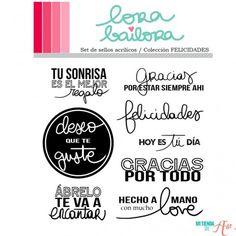Set de sellos acrílicos Felicidades Lora Bailora