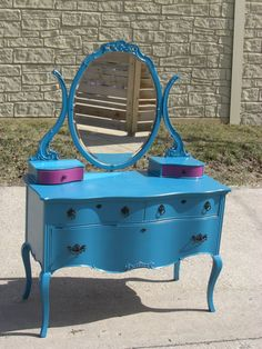 Midtown Girl #Decor: Such a pretty color! Vintage Teal Dresser with Pink Accented Lined by PittyPottyBells #nyc