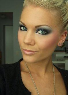 Makeup by Linda Hallberg Pretty Makeup, Love Makeup, Makeup Tips, Makeup Looks, Hair Makeup, Gorgeous Makeup, Flawless Makeup, Prom Makeup, Perfect Makeup