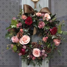 The Real Flower Company Red & Antique Luxury Door Christmas Wreath   http://www.realflowers.co.uk/christmas-collection-1/the-real-flower-company-red-antique-luxury-door-wreath.html