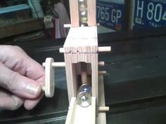 Rotary Marble Lift, more modifications Wooden Marble Run, Marble Runs, Rolling Ball Sculpture, Marble Machine, Wood Toys Plans, Stem For Kids, Roller Coaster, Kugel, Rotary