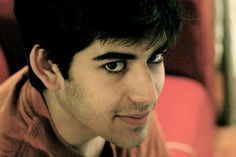 """Meet the extraordinary computer programmer, author, and internet activist who became famous for his fight against the """"Stop Online Piracy Act"""", Aaron Swartz. A genius and prodigy like no other, Aaron greatly contributed to the development of many of the things that we enjoy today in the online world such as the RSS, Reddit, Jottit and others. """"The people rose up, and they caused a sea change.."""" Aaron Swartz http://www.thextraordinary.org/aaron-swartz"""
