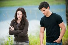 After Edward left Bella she decided to talk to Jacob about her proble… #fanfiction Fanfiction #amreading #books #wattpad